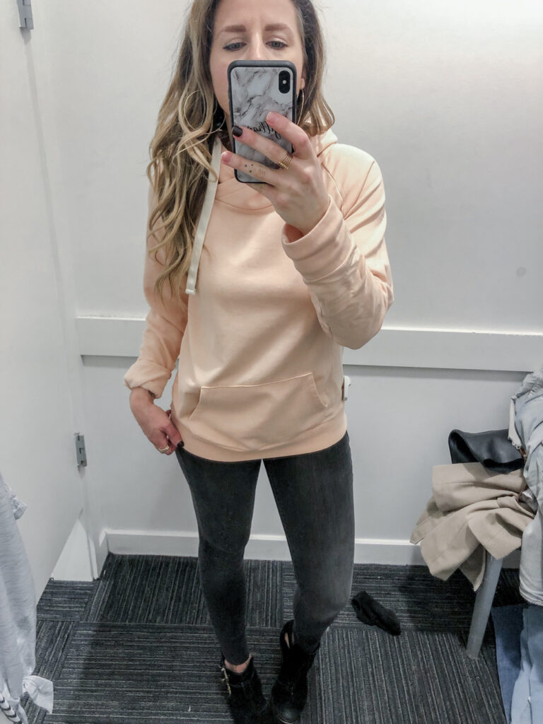 Gap-Mid-Rise-Favorite-Ankle-Jeggings-with-Raw-Hem